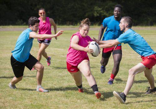 200 apprentis du BTP réunis pour le Festival de rugby à cinq