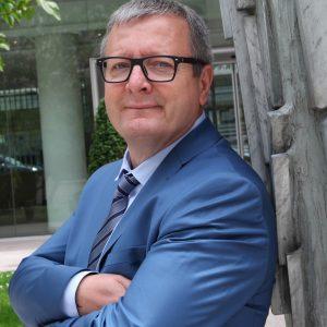 Henri Brin, responsable de l'artisanat ˆ la FFB.