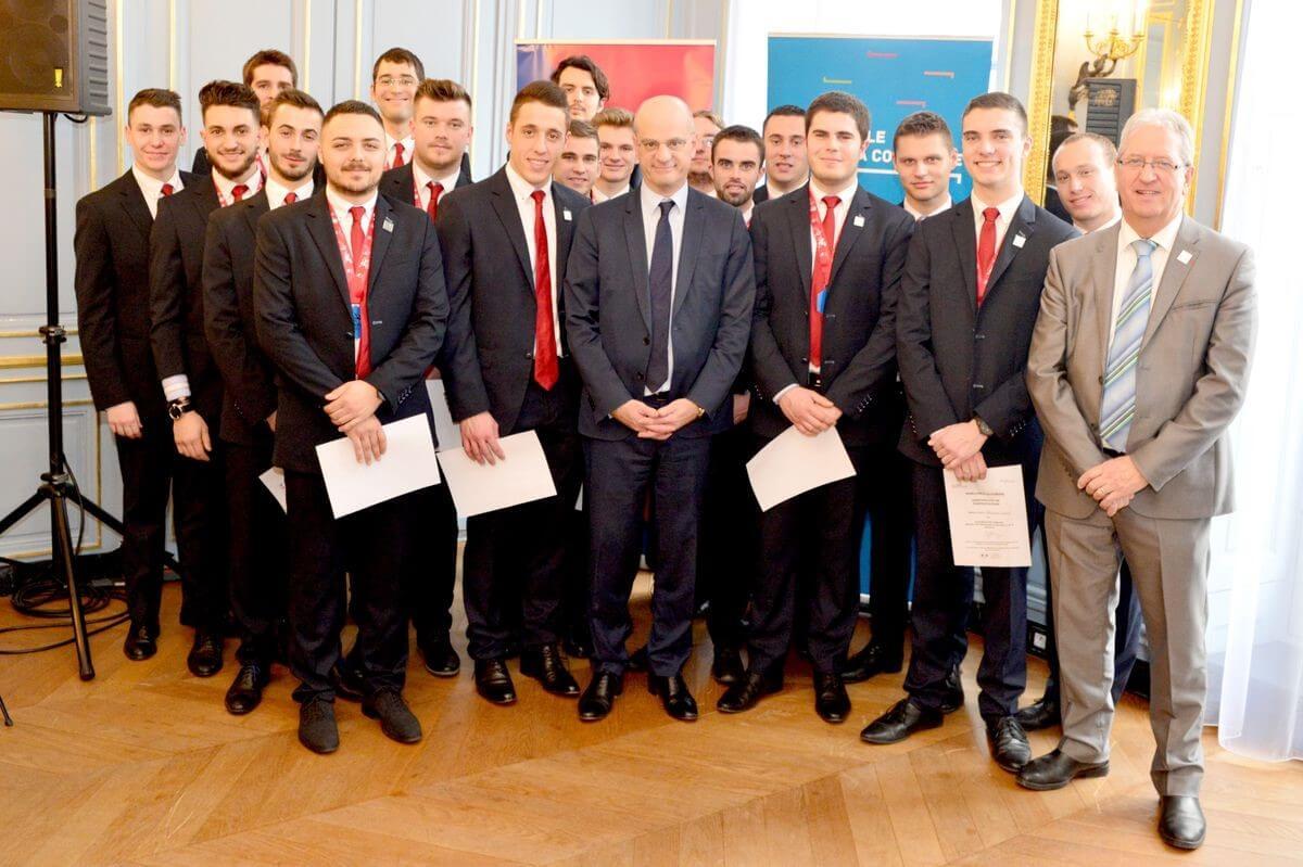 L'équipe de France des métiers Worldskills en visite au ministère de l'éducation nationale